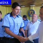 ÎNCADRARE: 12 absolvenţi de poliţie din promoţia 2015 au intrat în ech...