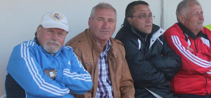 Sabin Ciurea (în geacă maro) va fi secundul lui Adrian Neaga la SCM Piteşti