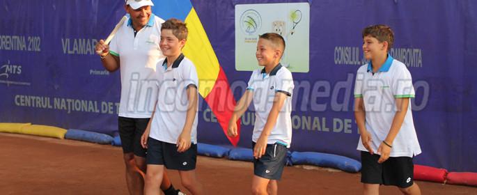 tenis tricolori