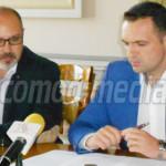 REACŢIE: O ruşine sau nu, info chioşcul din faţa Prefecturii Dâmboviţa...