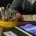 INEDIT: Liceenii din Giurgiu învaţă tehnica fotocitirii, ca să promove...