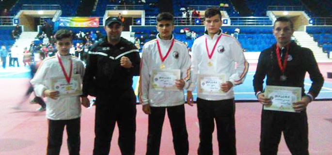 Trei băieţi de aur, unul de bronz şi un antrenor mândru - Marius Mihai Marin