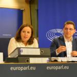 PETIŢIE: România cere Schengen! 40.000 de semnături depuse la Parlamen...