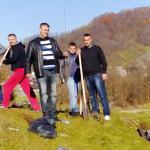 DÂMBOVIŢA: Jandarmii, voluntari în campania de împădurire