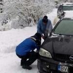 DÂMBOVIŢA: Prima înzăpezire cu maşina în Bucegi! Reguli ce trebuie res...