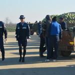 DÂMBOVIŢA: Poliţiştii au bătut din poartă-n poartă în comuna Lunguleţu