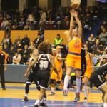 BASCHET: CSM Târgovişte, victorie muncită cu U. Cluj