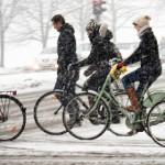 ATENŢIE! Bicicliştii nu au voie să circule când este polei, gheaţă sau...