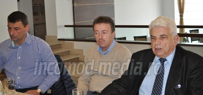 Florin Grad (stânga) vizează funcţia de secretar al CCI Dâmboviţa