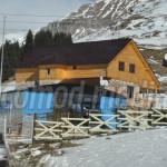 MĂSURĂ: Construcţiile din Bucegi vor fi verificate de autorităţi. Poli...
