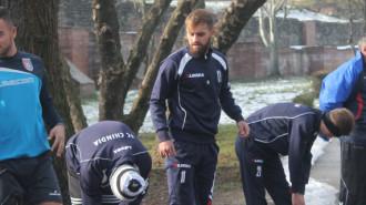 Ştefan Covalschi (cu barbă) nu s-a mai prezentat la antrenamente