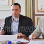 DÂMBOVIŢA: Primăria Târgovişte va cumpăra vehicule electrice pentru tr...