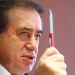 PROCES: Cel mai bogat român vrea să renunţe la