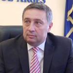 EXEMPLU: Prefectura Argeş a înfiinţat un GHIŞEU UNIC în sprijinul ferm...