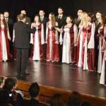 TÂRGOVIŞTE: Corala Appassionato susţine un concert de colinde la Teatr...