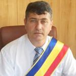 DÂMBOVIŢA: Primarul comunei Vlădeni a fost reţinut pentru abuz în serv...