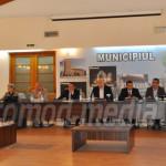 VOT: Aleşii târgovişteni n-au cedat Consiliului Judeţean parcarea de l...