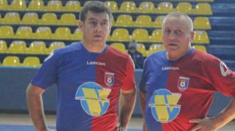 Cristian Bălaşa, în stânga