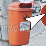 Coşurile de gunoi... cabină de vot alternativ!