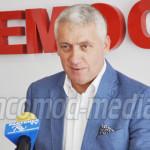 ŢUŢUIANU: Guvernul Cioloş este zero la atragerea de fonduri europene!