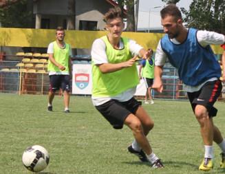 FOTBAL: Urban Titu a reluat antrenamentele pentru noul campionat