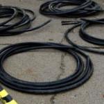DOSAR: Hoţii care au devalizat reţeaua de telefonie din trei judeţe au...
