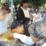 TÂRGOVIŞTE: 15.000 de credincioşi s-au închinat astăzi la moaştele Sf....