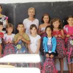 Asociaţia GIVE&HELP a adus bucurie unor copii din satul Adânca. Aj...