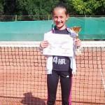 TENIS: Evelyn Neacșu a câștigat trofeul Fibec U10