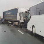 ARGEŞ: Accident rutier în lanţ pe DN7, între Piteşti şi Râmnicu Vâlcea...