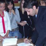 DÂMBOVIŢA: Dublă lansare de carte la Moreni şi o provocare la concurs