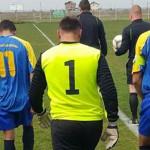 FOTBAL: Arbitrul Laurențiu Niculae, bătut de jucătorii și suporterii L...