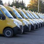 DONAŢIE: România a achiziţionat 96 de microbuze şcolare pentru Republi...