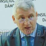 DÂMBOVIŢA: Adrian Ţuţuianu rămâne la conducerea CJ până în ultima zi a...