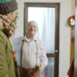 VIDEO: Simpaticul bunic din reclama Lidl locuieşte în Târgovişte
