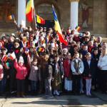 DÂMBOVIŢA: La mulţi ani, România! Momente emoţionante în comuna Gura o...