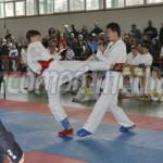 DÂMBOVIŢA: Competiţii de baschet şi karate în oraşul Pucioasa, în aces...