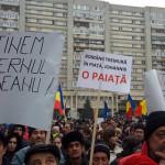 MITING: Luaţi mâna de pe Guvern! Mesajul PSD-iştilor care au ieşit în ...