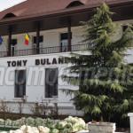 TÂRGOVIŞTE: «Peatra din casă», o nouă premieră la Teatrul Tony Bulandr...