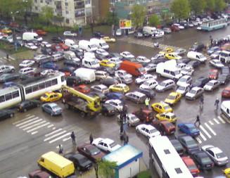 """INTENŢIE: Circulaţia autovehiculelor cu plată în Bucureşti, o nouă… """"taxă de gropi""""?"""