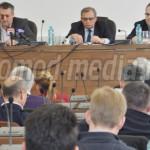 DÂMBOVIŢA: Conducerea Consiliului Judeţean le bate obrazul primarilor....