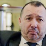 ARGEŞ: Deputatul cu mitralieră a rămas fără permisul port-armă şi va f...
