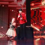 VIDEO: Lorelai, fetiţa fără mâini din Târgovişte, a fost trimisă direc...