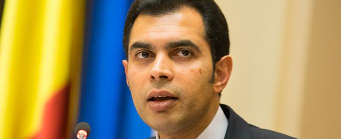 Reza Bachir - şeful misiunii FMI în România