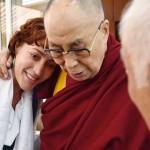 STIL: De ce recurg oamenii la meditaţie? Explicaţia unui cunoscut prof...