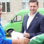 GEST: Deputatul Corneliu Ştefan a donat echipamente sportive unui lice...
