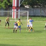 FOTBAL: Flacăra Moreni, punct obținut pe final de meci cu Sporting Roș...