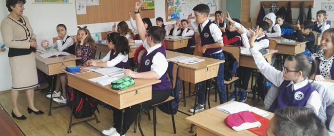 religie scoala nr. 8