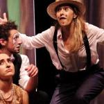 TÂRGOVIŞTE: Surprizele se ţin lanţ la Festivalul Artelor Spectacolului...
