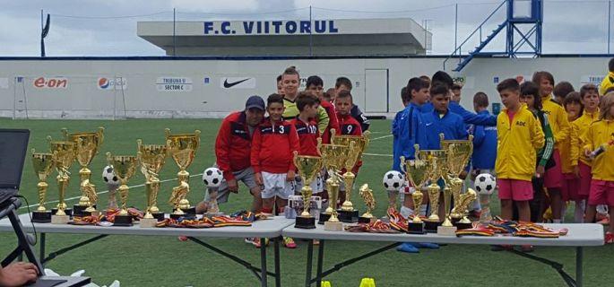 foto cu trofeu
